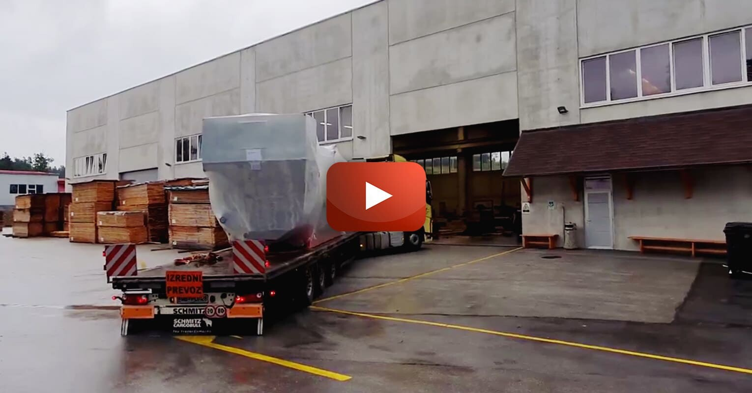 Comark Transporting 16T Cargo into Unloading Position - Comark will also do the Seaworthy Packing