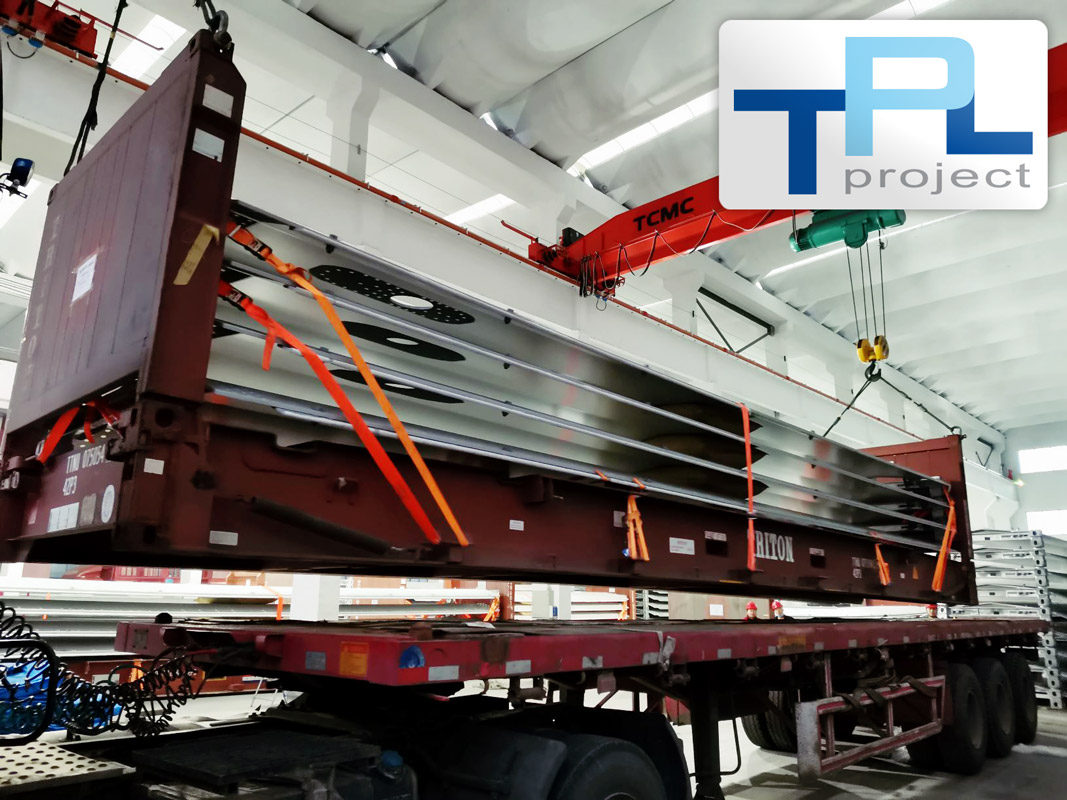 TPL Project Loaded Shell Towers During Chinese New Year in Jiangyin City, China for the Netherlands, 31 x 40'FR + 40 x 20'DC + 12 x Top Sections